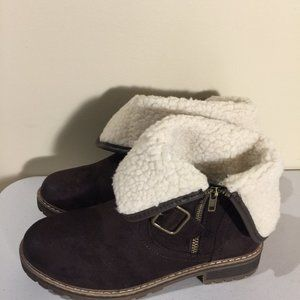 Brown Ladies Winter Snow Boots Size 9 Side Zipper